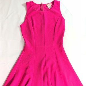 Love...Ady Sleeveless Skater Dress Size Medium
